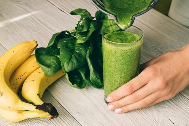 สูตรน้ำผักปั่นรสละมุน ทำเองดื่มง่ายไม่ต้องทนเหม็นเขียว