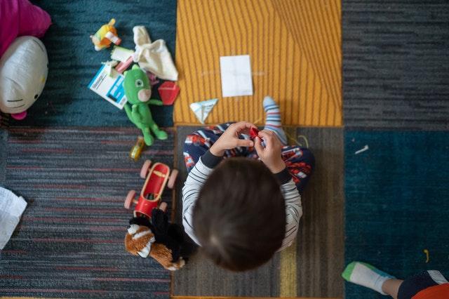 เลือกของเล่นเด็กเล็ก มีคุณภาพ ควรเลือกอย่างไร ?