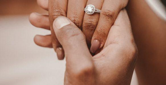 แหวนเพชร 30 ตัง ขนาดกำลังดี ราคาสบายกระเป๋า